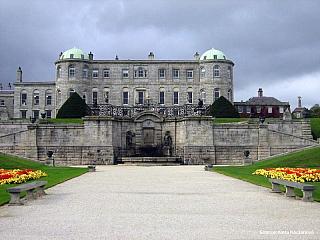 Dnešní Irsko se rozkládá na 70 tisících čtverečních kilometrech a má zhruba čtyři a půl milionu obyvatel. Jediným sousedem je Severní Irsko, které však spadá přímo pod britskou korunu. Jedna zposledních keltských kulturních bašt tohoto světa – Irsko – nabízí pro turisty opravdu více než dost...