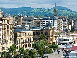San Sebastian láká gurmány i milovníky opalování (Španělsko)