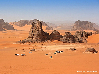 Poušť (Alžírsko)