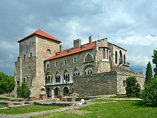 Tata - město jehož historie sahá do římského období (Maďarsko)
