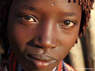 """Dasanečové a Turkanové, zní to prazvláštně, ale opravdu existují. Jsou to prastaré kmeny zEtiopie. Poprvé jsem o nich slyšela před pár lety, když jsem přečetla další zcestopisů od Petra Jahody, který podniká """"křížové výpravy"""" za poznáním etiopských kmenů pravidelně. Do jihozápadní Etiopie lze..."""