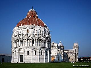 Pisa není jen slavná šikmá věž, i když díky ní je světoznámá (Itálie)