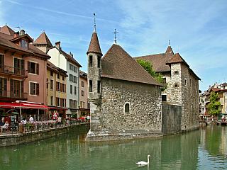 Annecy v předhůří Alp (Francie)