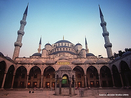 Modrá mešita v Istanbulu (Turecko)