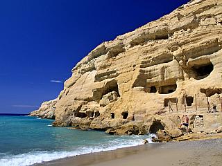 Matala - bývalé centrum hippies (Řecko)