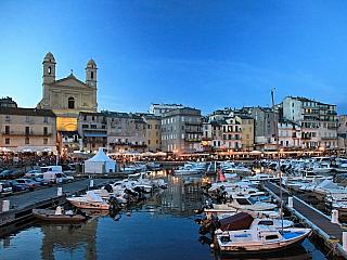 Bastia - brána Korsiky (Francie)