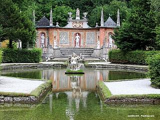 Zámek Hellbrunn - letní sídlo salcburského arcibiskupa (Rakousko)