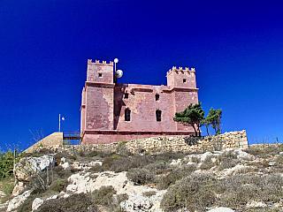 Pevnost Red Tower chránila Maltu před nepřáteli (Malta)