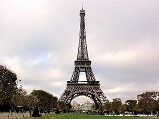 Eiffelova věž v Paříži (Francie)