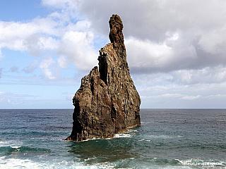 Ribeira da Janela - divoké pobřeží (Portugalsko)