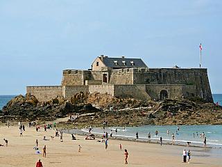 Saint Malo - přístavní město (Francie)