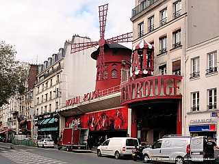 Moulin Rouge v Paříži