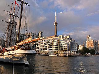Toronto - největší kanadské město (Kanada)