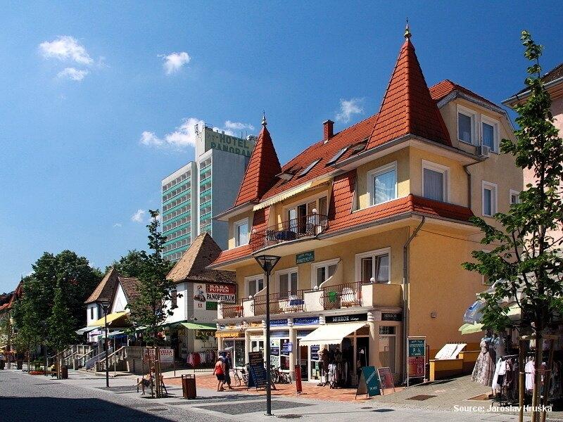 Hévíz - lázeňské město u Balatonu