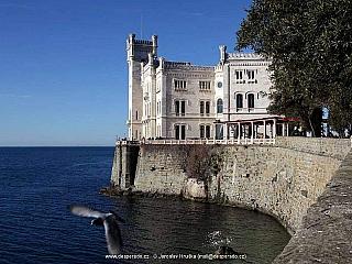 Zámek Miramare (Itálie)