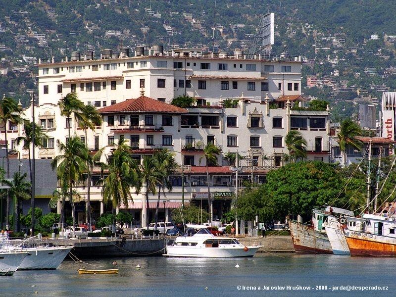 Acapulco - nejstarší mexické letovisko