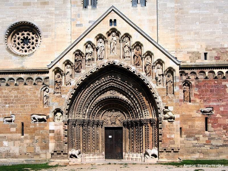 Ják - pro milovníky středověké sakrální architektury