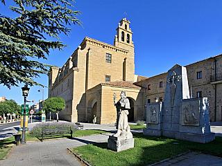 Santo Domingo De La Calzada, španělské město vína (Španělsko)
