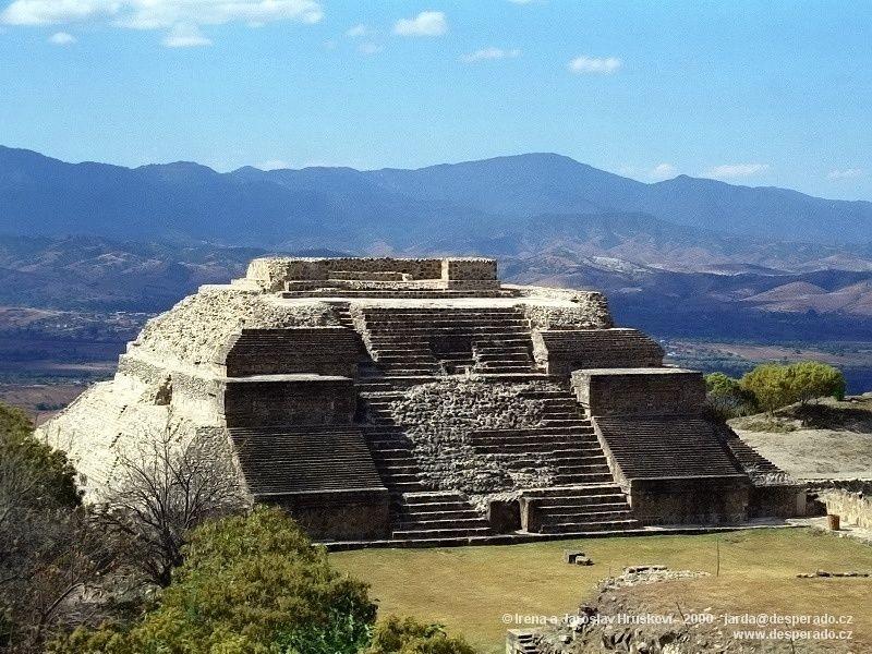 Monte Albán - nejvelkolepější zapotécké město