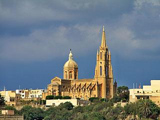 Přístavní městečko Mgarr na Gozu (Malta)
