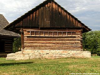 Vesnická architektura ve Vysokém Chlumci (Česká republika)