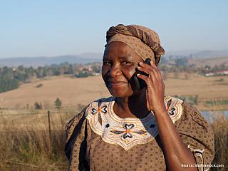 Jihoafrická republika, Lesotho, Svazijsko, Mosambik, Zimbabwe, Zambie (26.9. – 22.10.2006) 11. 10. 2006, středa Dnes se poprvé vzbudím v 5:00, ale ještě si pak na chvíli lehnu. Odjezd je dnes v 7:15. Při pohledu z oken je nám jasné, že bude hezky. Někteří turisté se moc dobře nevyspali, protože...