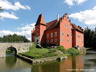 Zámek Červená Lhota (Česká republika)