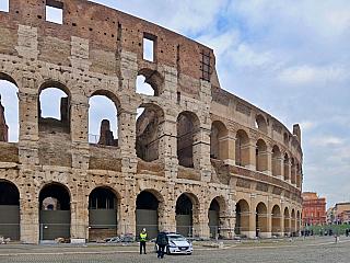 Koloseum v Římě (Itálie)