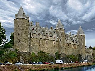Městečko Josselin v Bretani (Francie)