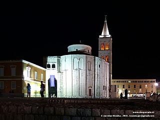 Katedrála svaté Stošije v Zadaru (Chorvatsko)