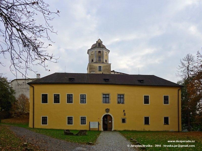 Hrad Malenovice je skvělou zastávkou při návštěvě Zlínska