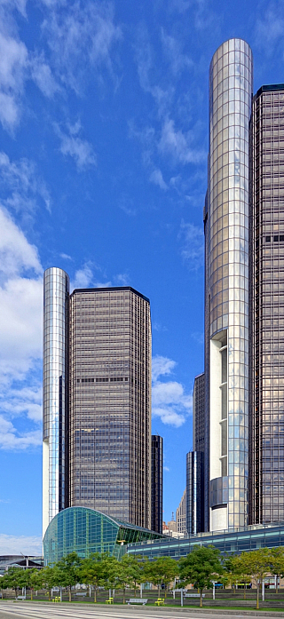 GM Renaissance Center v Detroitu (Michigan - USA)