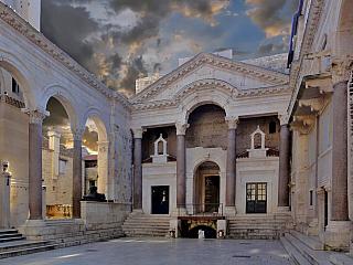 Diokleciánův palác ve Splitu (Chorvatsko)