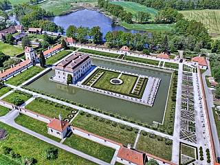 Zámek Kratochvíle je renesanční ozdobou jihu Čech (Česká republika)