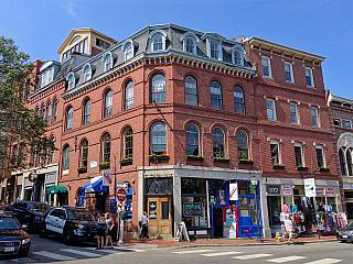 Portland, centrum státu Maine, zaujme nejen skvělou kuchyní (Spojené státy americké)