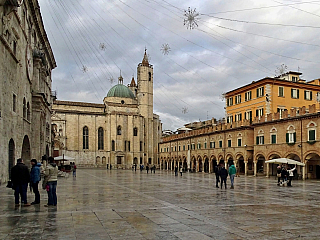 Historické město Ascoli Piceno (Itálie)