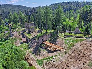 Hrad Pořešín pamatuje sedm staletí, vlastnili jej i Rožmberkové (Česká republika)