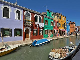 Ostrov Burano (Itálie)