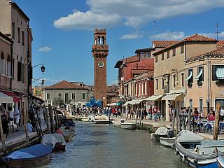 Ostrov Murano proslul výrobou skla (Itálie)