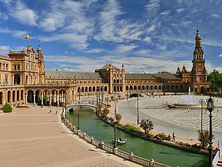 Sevillu stavěli Almorávidé i Římané (Španělsko)