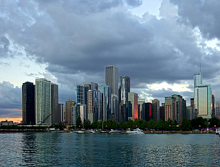Navy Pier v Chicagu