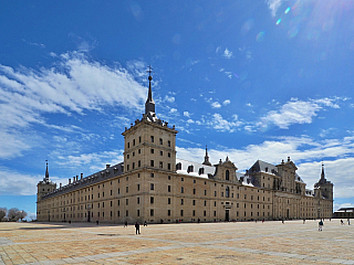 El Escorial - sídlo španělských králů (Španělsko)
