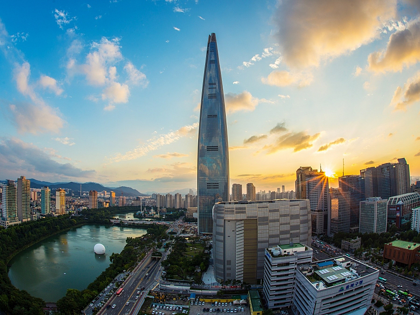 Lotte World Tower v Soulu (Jižní Korea)