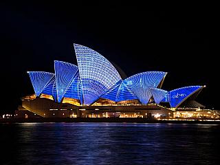 Austrálie, skvělé víno, tisíce klokanů a magický Uluru (Austrálie)
