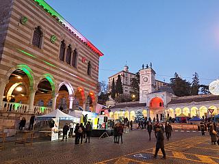 Fotogalerie vánočního Udine (Itálie)