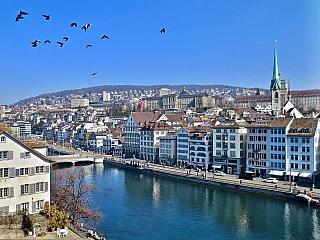 Z Curychu je to jen pár kroků do Alp (Švýcarsko)
