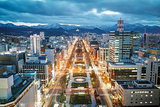 Páté největší město vJaponsku, nacházející se na samém severu země, na ostrově Hokkaidó, hostitel olympiády zroku 1972 a také sídliště mýty opředeného národa Ainů. Sapporo rozhodně nabízí mnoho důvodů knávštěvě, můžete se tu bavit, obdivovat bohatou japonskou historii nebo si zkusit, jaké je...