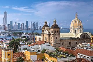 Jmenovkyně španělského města, kterou bychom hledali až vdaleké Kolumbii. Samozřejmě, obě lokality patří mezi sesterské, Cartagena vJižní Americe se přátelí ještě se San Juanem vPortoriku nebo kubánskou Havanou. Na jaře a na podzim tu panuje období dešťů, ale nádherné klima a zdejší pláže vás...