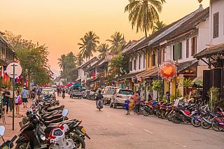 Město Luang Prabang je podobně jako například Vientiane jedno zturisticky nejnavštěvovanějších měst vLaosu. Velký vliv na to má i stále se rozšiřující seznam světového dědictví UNESCO, kam byla část tohoto města, konkrétně jeho historické centrum také zapsáno. To samozřejmě zvýšilo zájem...