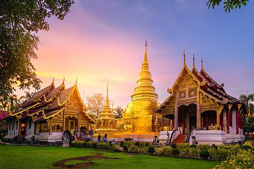 Město Čiang Mai je druhým největším městem vThajsku. Tím největším je samozřejmě Bangkok, a těsně za Čiang Mai zůstává město Ayuthaya. Město samotné se nachází v severní části Thajska, která je považována za hospodářské a turistické centrum všeho dění. Na jeho místě se nacházela v minulosti...